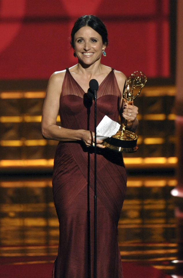 Photo -   Julia Louis-Dreyfus accepts the award for Outstanding Lead Actress in a Comedy Series for