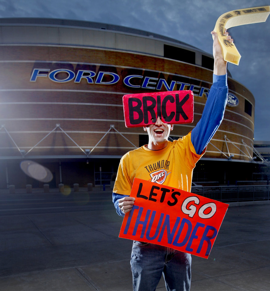 Photo - OKLAHOMA CITY THUNDER / NBA BASKETBALL TEAM: Thunder super fan Derrick Seys poses for a portrait outside the Ford Center in Oklahoma City, Thursday, Feb. 12, 2009. PHOTO BY BRYAN TERRY, THE OKLAHOMAN ORG XMIT: KOD