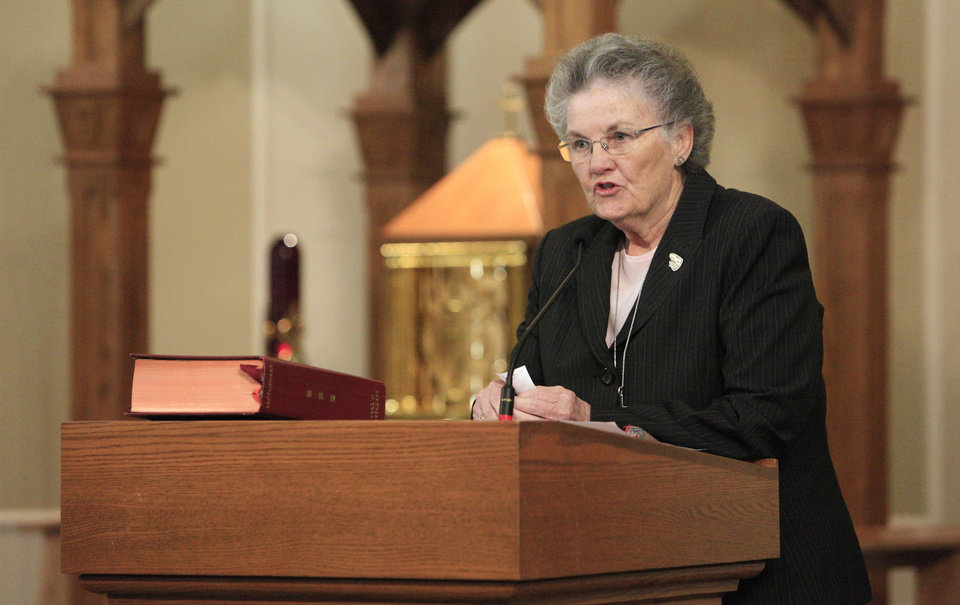 "Photo - Sister Catherine ""Kay"" Powers speaks after accepting the University of Notre Dame Sorin Award for Service to Catholic Schools during a ceremony Tuesday at Sacred Heart Catholic School.  Photo by Paul B. Southerland, The Oklahoman  PAUL B. SOUTHERLAND -"