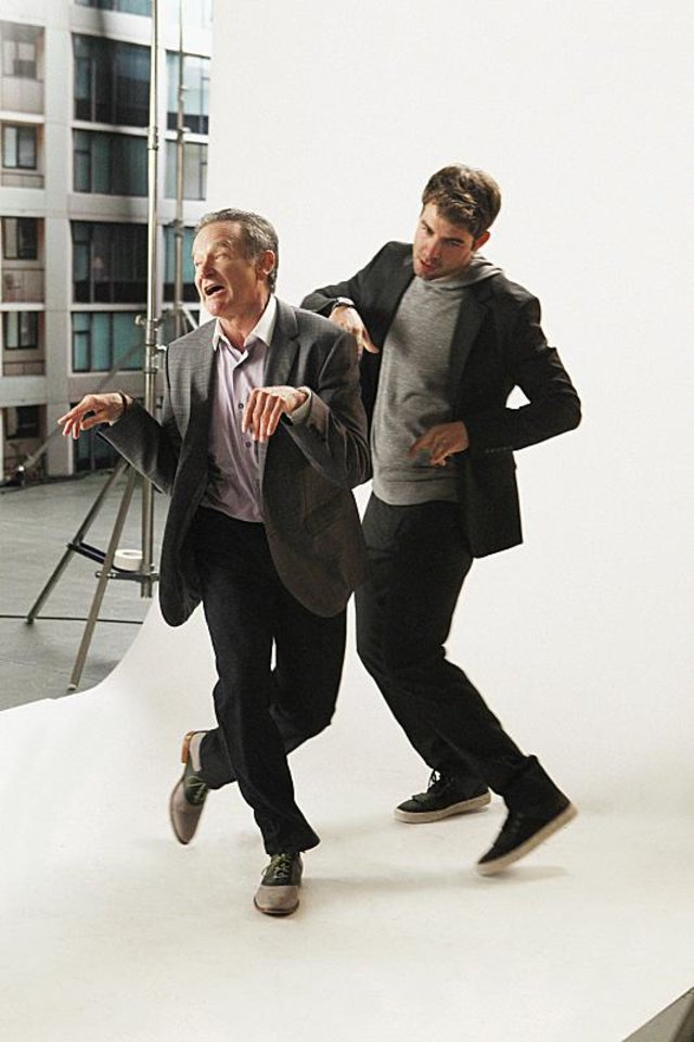 "Photo - ""The Spectacular ""-- Zach (James Wolk, right) is jealous when Simon (Robin Williams, left) tasks Andrew with taking care of a family of ducklings, on THE CRAZY ONES, Thurs. Oct. 3 (9:01 – 9:31 PM, ET/PT) on the CBS Television Network. Photo: Sonja Flemming/CBS ©2013 CBS Broadcasting, Inc. All Rights Reserved."