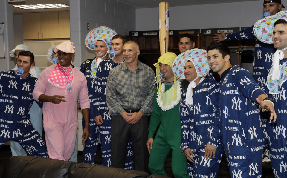 Yankees rookies given one sie pajamas for team flight