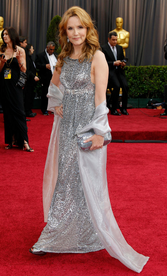 Lea Thompson arrives before the 84th Academy Awards on Sunday, Feb. 26, 2012, in the Hollywood section of Los Angeles. (AP Photo/Amy Sancetta) ORG XMIT: OSC201