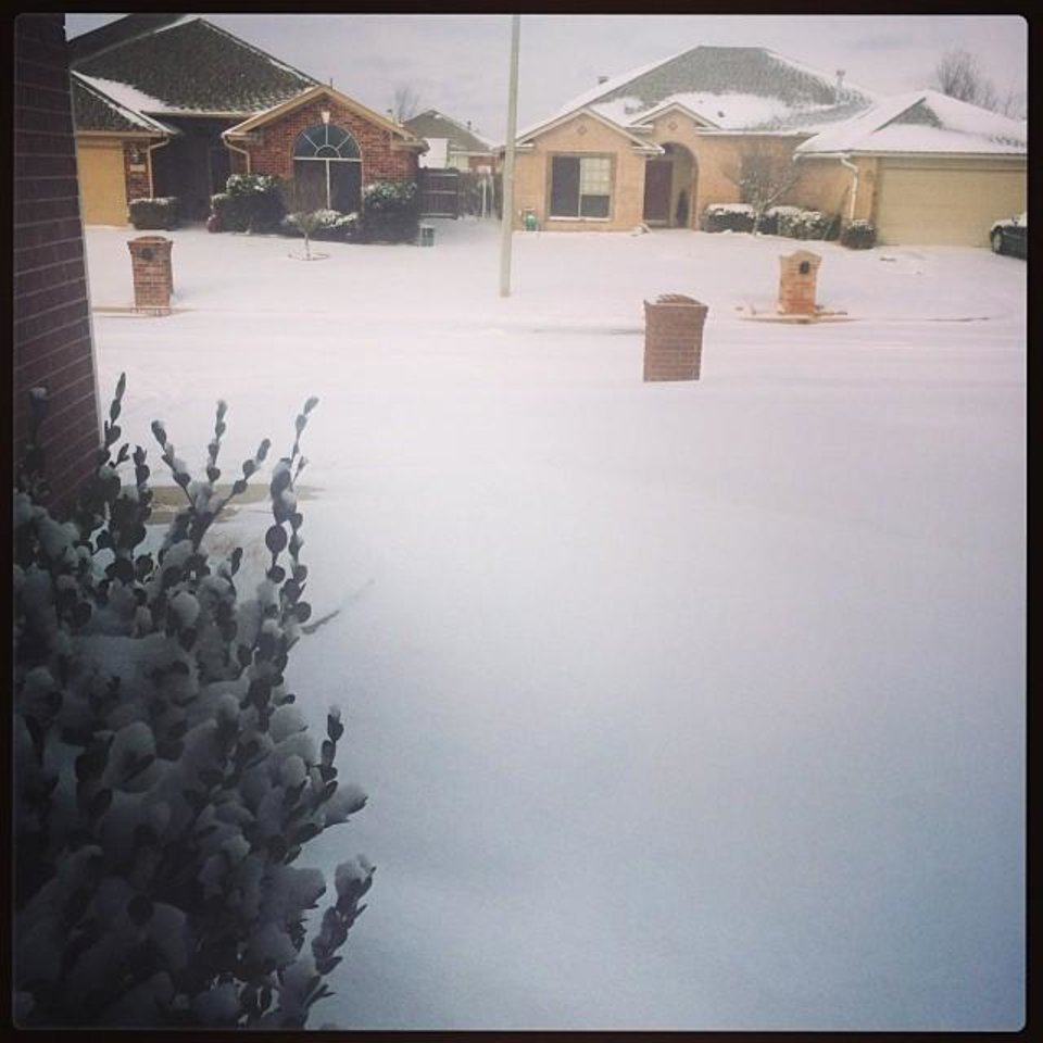 Photo - Snow in Moore - Photo via @steadythere on Instagram
