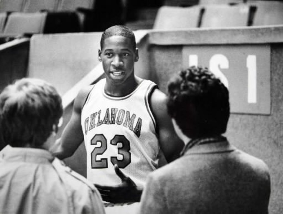 Photo - Former OU basketball player  Wayman  Tisdale, the youngest winner of the Headliner of the Year award in Oklahoma. Staff photo by Doug Hoke. Photo taken 11/16/1983