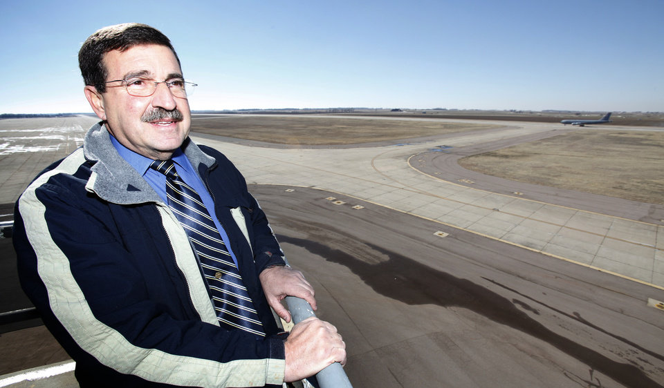 Photo - Oklahoma Space Industry Development Authority Director Bill Khourie at the  Spaceport in Burns Flat, January 11, 2010.   By David McDaniel, The Oklahoman. ORG XMIT: KOD