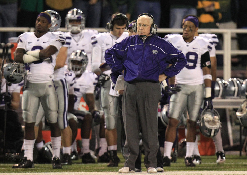 Kansas State Wildcats head coach Bill Snyder watches from the sideline during the fourth quarter of the NCAA college football game against Baylor Saturday, Nov. 17, 2012, in Waco Texas. Baylor won 52-24.   (AP Photo/LM Otero) ORG XMIT: TXMO133