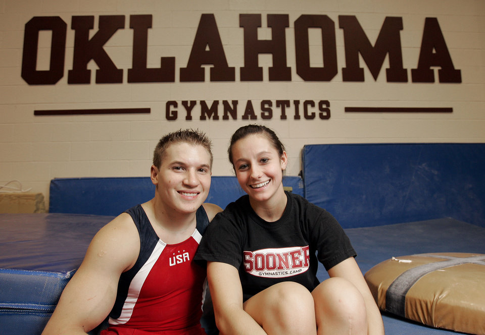 Photo - GYMNASTICS / JONATHAN HORTON, UNIVERSITY OF OKLAHOMA, HALEY DEPROSPERO: OU gymnast Jon Horton and fiance, Haley, who is also a gymnast, Friday July 25, 2008 in Norman, OK. BY JACONNA AGUIRRE, THE OKLAHOMAN. ORG XMIT: KOD