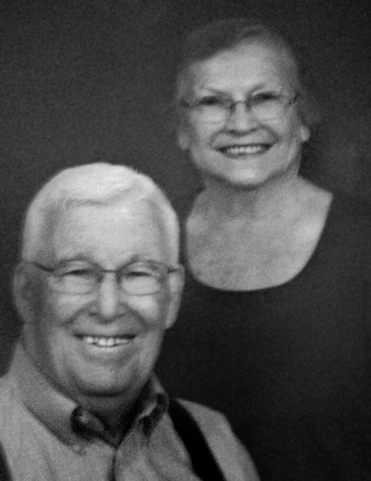 Bill and Dolores Knox, of Harrah, were married Aug. 27, 1952, in Oklahoma City.