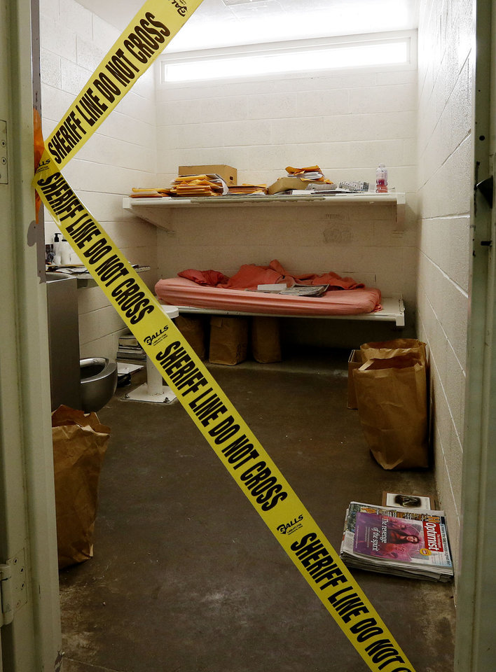 Photo - The cell of convicted killer Jodi Arias at the Maricopa County Sheriffs Office Estrella Jail, on Thursday, May 16, 2013, in Phoenix. Arias was convicted of first-degree murder in the gruesome killing of her one-time boyfriend, Travis Alexander, in their suburban Phoenix home. (AP Photo/Ross D. Franklin)