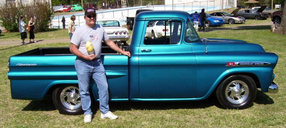 "Jimmy Boggs of Jones, OK. accepts his trophy for ""Best Paint"" at the www.streetkingsokla.com 31st anniversary celebration at Highland park in Guthrie 4/21/07.<br/><b>Community Photo By:</b> Martin Blaney<br/><b>Submitted By:</b> jimmy, guthrie"