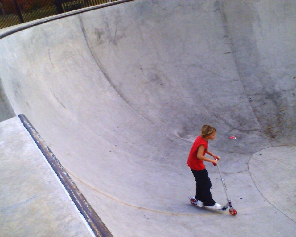 kash down in the skate park kid trap ... up a wall then down a wall .. huge and scary .. what\'s a mom to do.. but join the party right. Community Photo By: tama Submitted By: Tama, Midwest