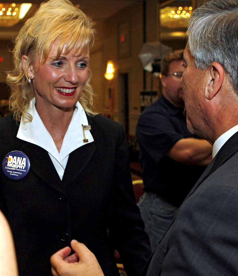 Photo - during the Republican watch party at the Oklahoma City Marriott on Northwest Expressway in oklahoma City on Tuesday Nov. 4, 2008. By John Clanton, The Oklahoman