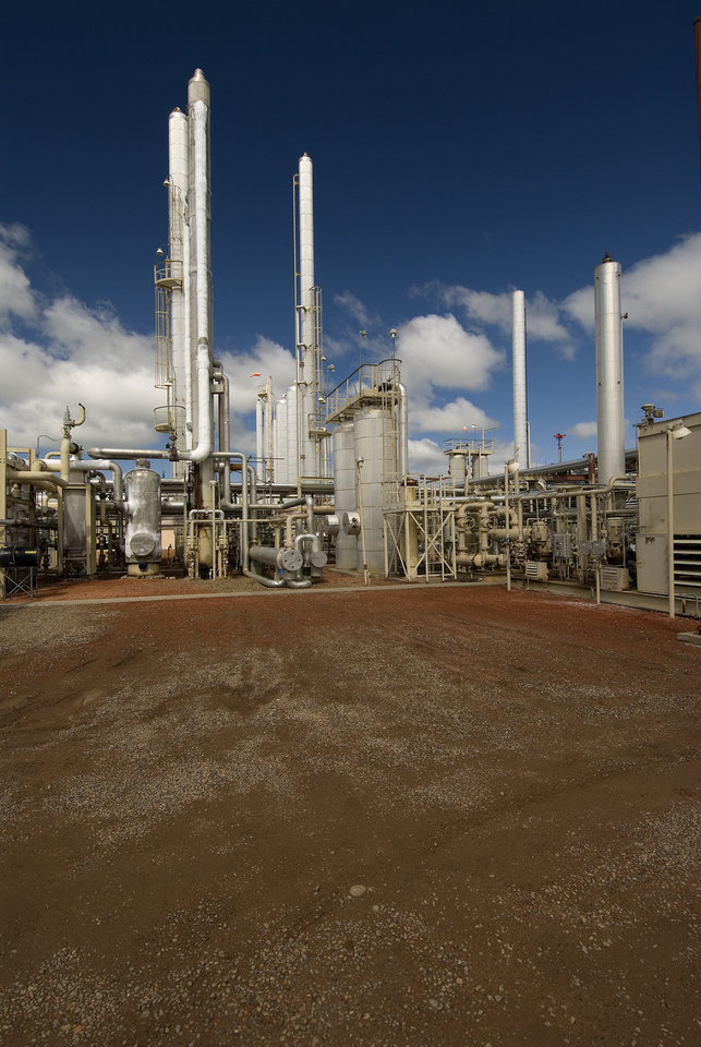 ONEOK Partners LP's Grasslands natural gas processing facility in North Dakota.
