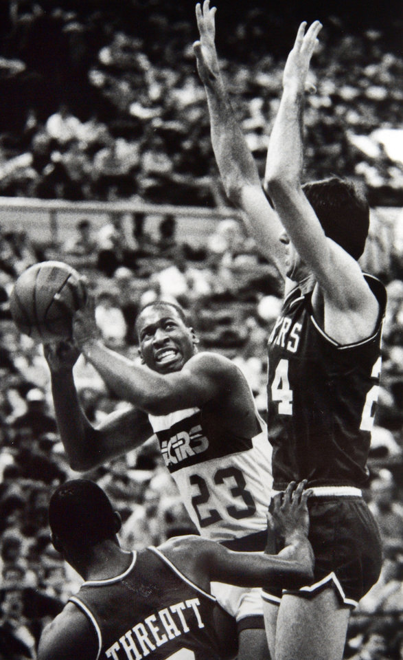 Photo - Former OU basketball player Wayman Tisdale. FOR RELEASE : September 21, 1986. With one successful NBA season behind him, the charismatic pride of the University of Oklahoma--Wayman Tisdale-- returns to Lloyd Noble Center on October 9 at 7:30 pm as 7-ELEVEN and Lite Beer present the INDIANA PACERS vs. SAN ANTONIO SPURS in the Pacer's first exhibition game of the pre-season.  Photo provided. Photo taken 9/21/1986, photo published 10/5/1986. ORG XMIT: KOD
