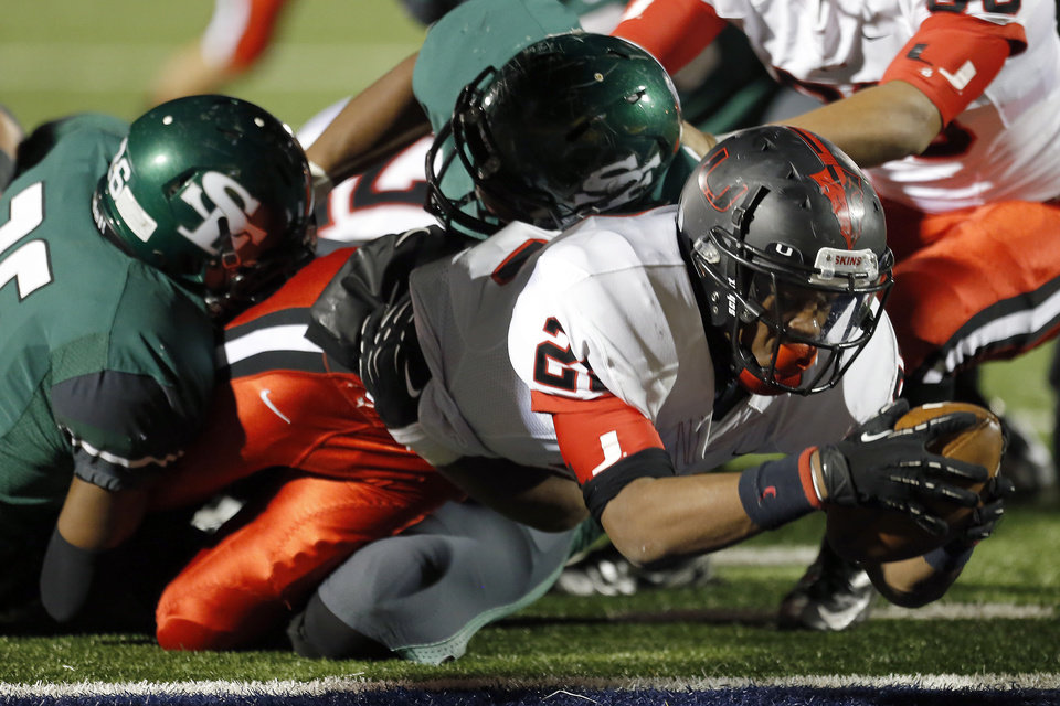 Union's Terrel Buchanan scores a touchdown during the high school football game between Edmond Santa Fe and Union at Wantland Stadium in Edmond, Okla.,  Friday, Nov. 16, 2012. Photo by Sarah Phipps, The Oklahoman