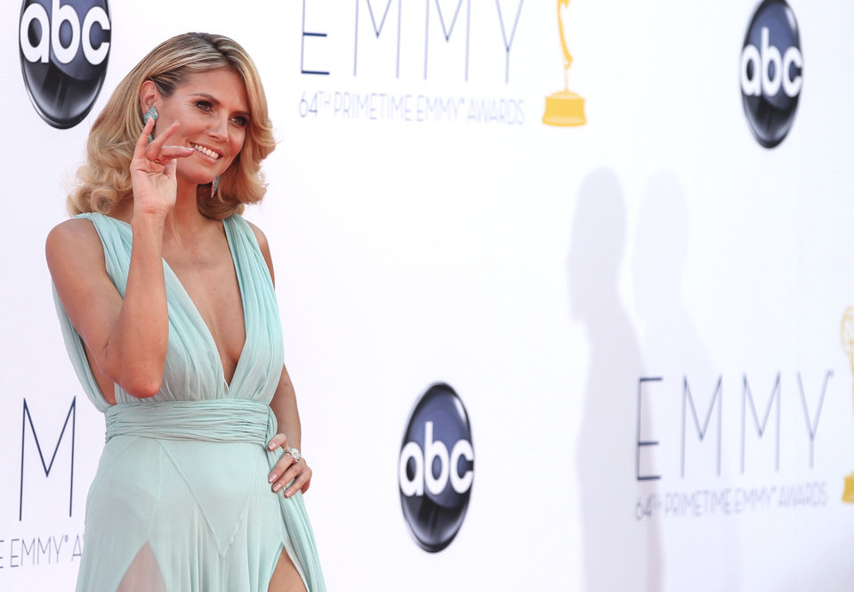 Photo -   Heidi Klum arrives at the 64th Primetime Emmy Awards at the Nokia Theatre on Sunday, Sept. 23, 2012, in Los Angeles. (Photo by Matt Sayles/Invision/AP)