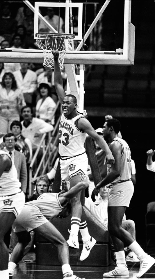DOUBLE-CHECK WITH DOUG---MARCH 21, 1985.     OU COLLEGE BASKETBALL: University of Oklahoma's Wayman Tisdale celebrates his game-winning shot against Louisiana Tech in Dallas during the NCAA tournament. (PHOTO BY DOUG HOKE/THE OKLAHOMAN)