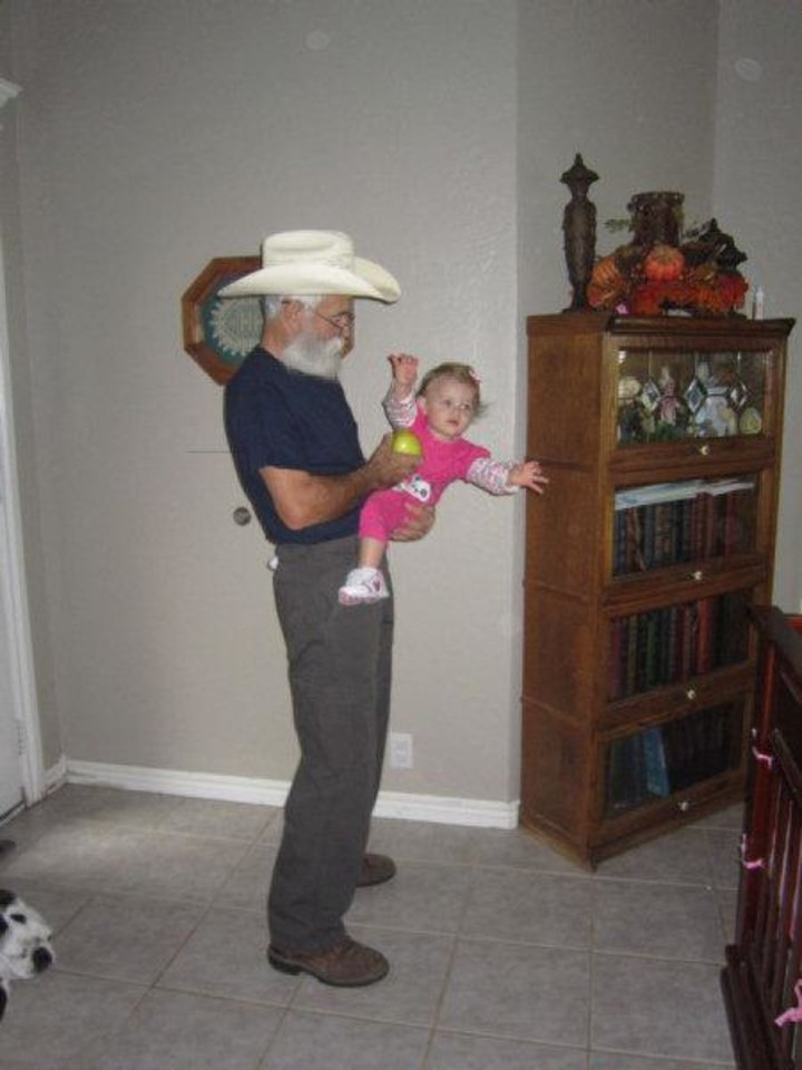 Randy Hale, of Elgin, is shown at left before his 40-pound weight loss and at right after the weight loss with his granddaughter Cailin. PHOTOS PROVIDED BY RANDY HALE