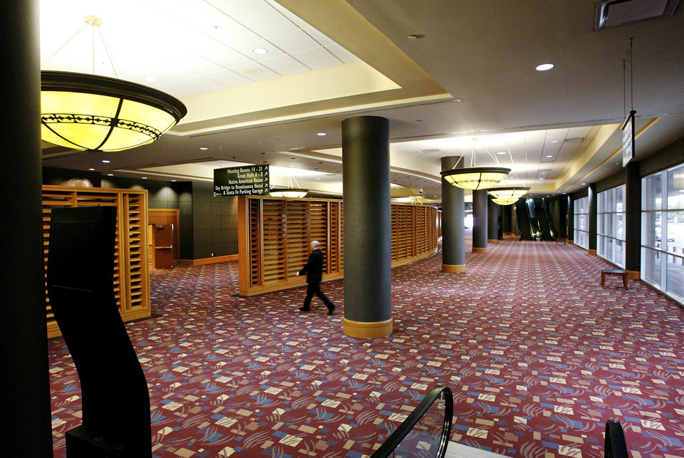 Photo - Interior hallway on ground floor of Cox Convention CenterTuesday, March 10, 2009    BY JIM BECKEL, THE OKLAHOMAN ORG XMIT: KOD