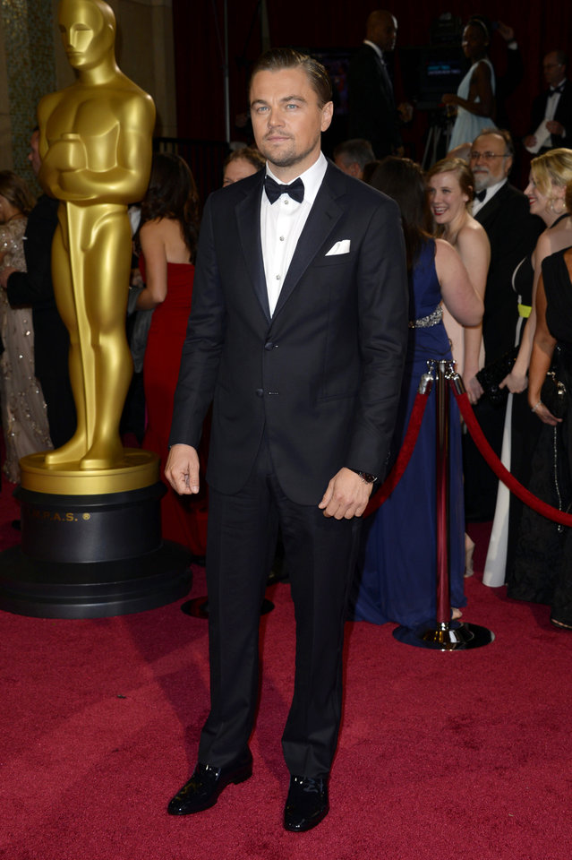 Photo - Leonardo DiCaprio arrives at the Oscars on Sunday, March 2, 2014, at the Dolby Theatre in Los Angeles.  (Photo by Dan Steinberg/Invision/AP)