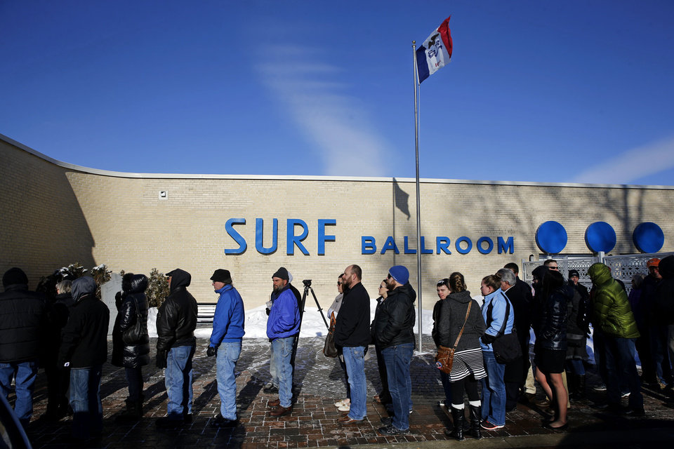 candidate Donald Trump at the Surf Ballroom in Clear Lake, Iowa ...