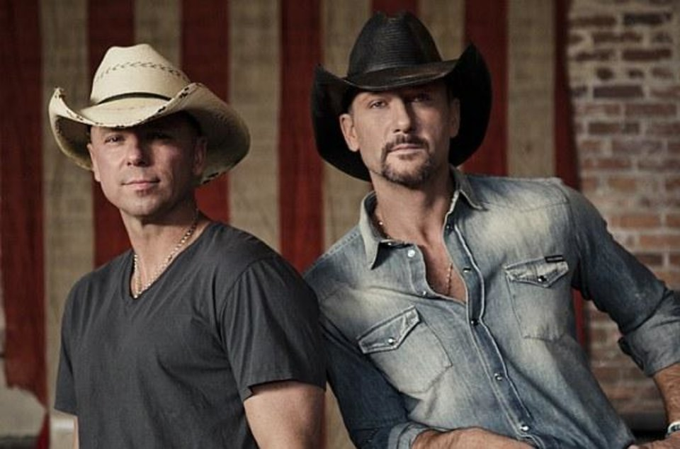Photo -  Kenny Chesney and Tim McGraw