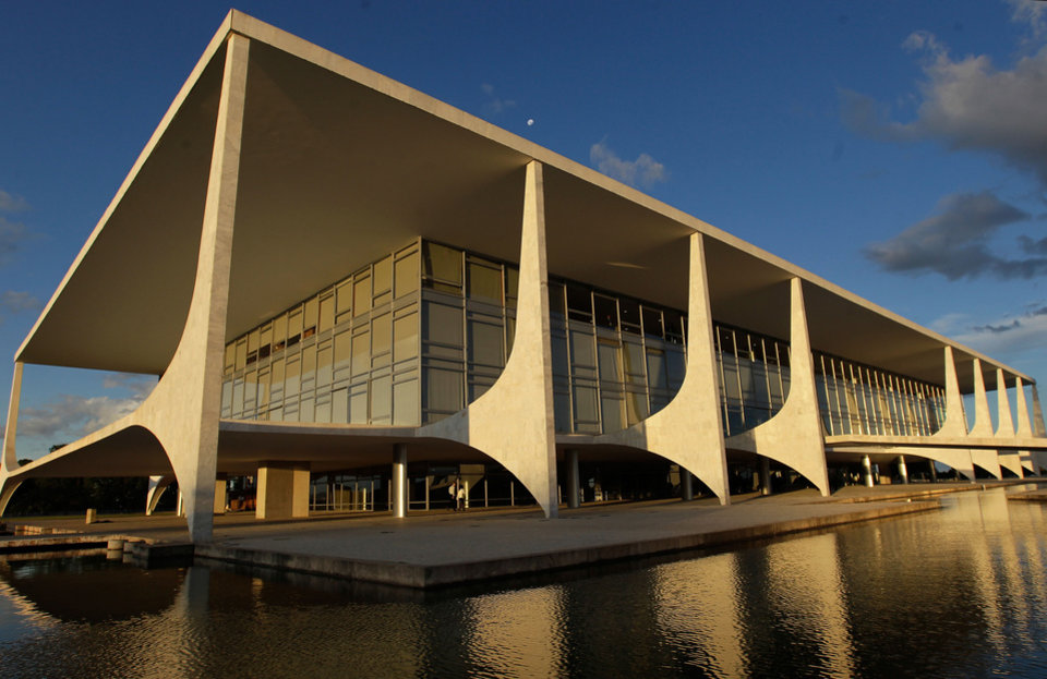 FILE - This March 12, 2014 file photo shows the Planalto Presidential Palace in Brasilia, Brazil. Brasilia is one of the host cities for the 2014 soccer World Cup in Brazil. (AP Photo/Eraldo Peres, File)