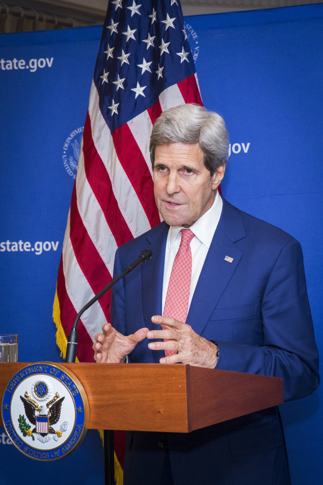 Photo - U.S. Secretary of State John Kerry announces a 72-hour humanitarian cease-fire beginning Friday between Israel and Hamas, in New Delhi, India, Friday Aug. 1, 2014. During the 72-hour cease-fire, there will be negotiations on a more durable truce in the 24-day-old Gaza war, the United States and United Nations announced. (AP Photo/Lucas Jackson, Pool)