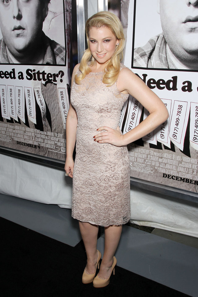 Photo - Actress Ari Graynor poses at the premiere of her film,