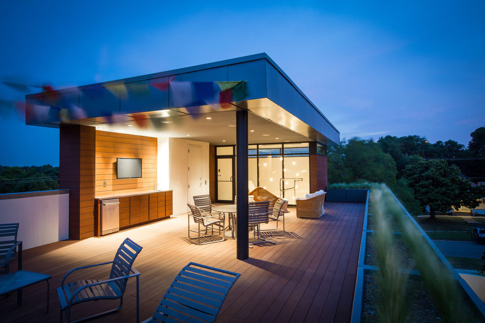 Photo -  View of the rooftop of the Mason Residence, 824 NW 8. [PHOTO PROVIDED BY SIMON HURST PHOTOPGRAPHY/AIA CENTRAL OKLAHOMA CHAPTER]