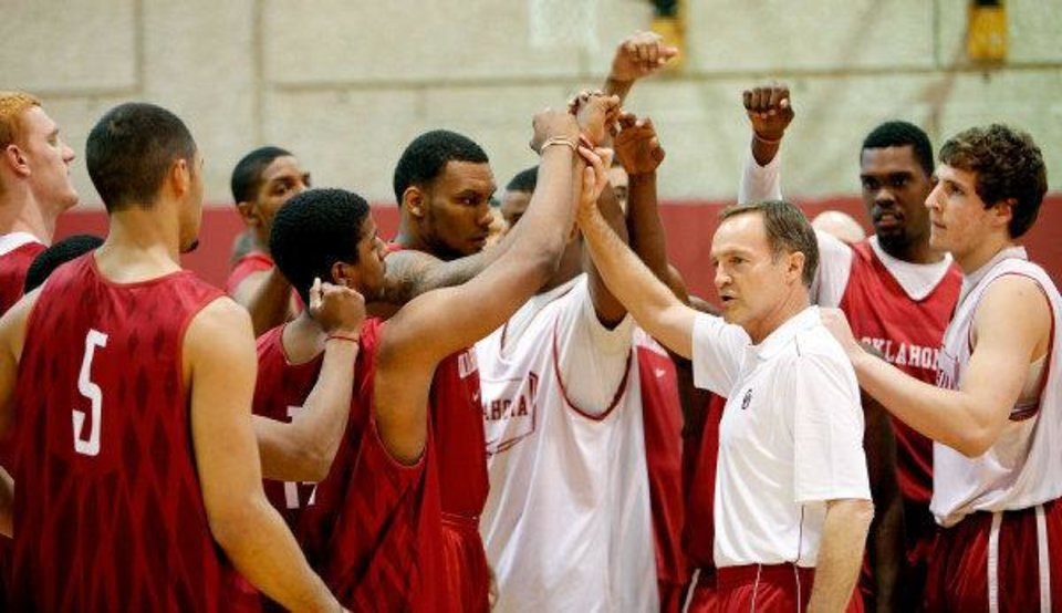 New University of Oklahoma men's college basketball coach Lon Kruger puts his new team through a workout. PHOTO BY TY RUSSELL, Courtesy OU Sports Information <strong>TY RUSSELL - COURTESY OU SPORTS</strong>
