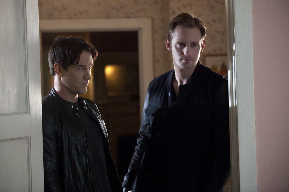 TRUE BLOOD episode 53 (season 5, episode 5): Stephen Moyer, Alexander Skarsgard. photo: John P. Johnson
