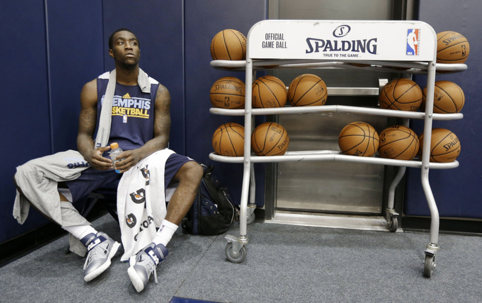 Memphis Grizzlies rookie guard Tony Wroten rests after NBA basketball training camp on Tuesday, Oct. 2, 2012, in Memphis, Tenn. (AP Photo/Mark Humphrey)