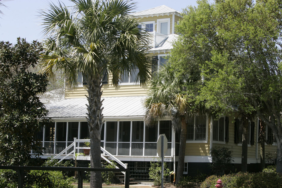 Photo - This is the home of Jenny Sanford on Wednesday, April 17, 2013, on Sullivan's Island, S.C., where she says her ex-husband former Gov. Mark Sanford trespassed in February  of this year. Sanford said that he was visiting his son to watch the Super Bowl. (AP Photo/Mary Ann Chastain)