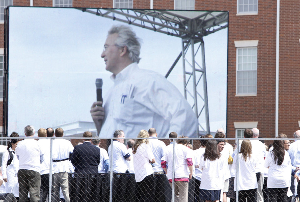 Chesapeake Energy employees gather for a sendoff for CEO Aubrey McClendon on Thursday in Oklahoma City. Photo by Steve Gooch, The Oklahoman <strong>Steve Gooch - The Oklahoman</strong>