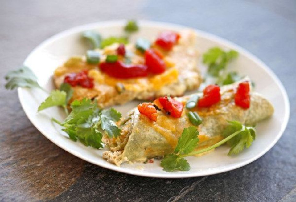 Photo - White chicken enchiladas with red roasted peppers for Becky Varner food story in Oklahoma City, Thursday, January 7, 2010.  Photo by Bryan Terry, The Oklahoman ORG XMIT: KOD