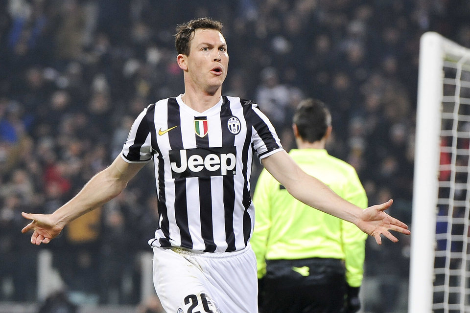 Photo - Juventus defender Stephan Lichtsteiner, of Switzerland, celebrates after scoring a goal during a Serie A soccer match between Juventus and Inter Milan at the Juventus stadium, in Turin, Italy, Sunday, Feb. 2, 2014. (AP Photo/Daniele Badolato, Lapresse) ITALY OUT