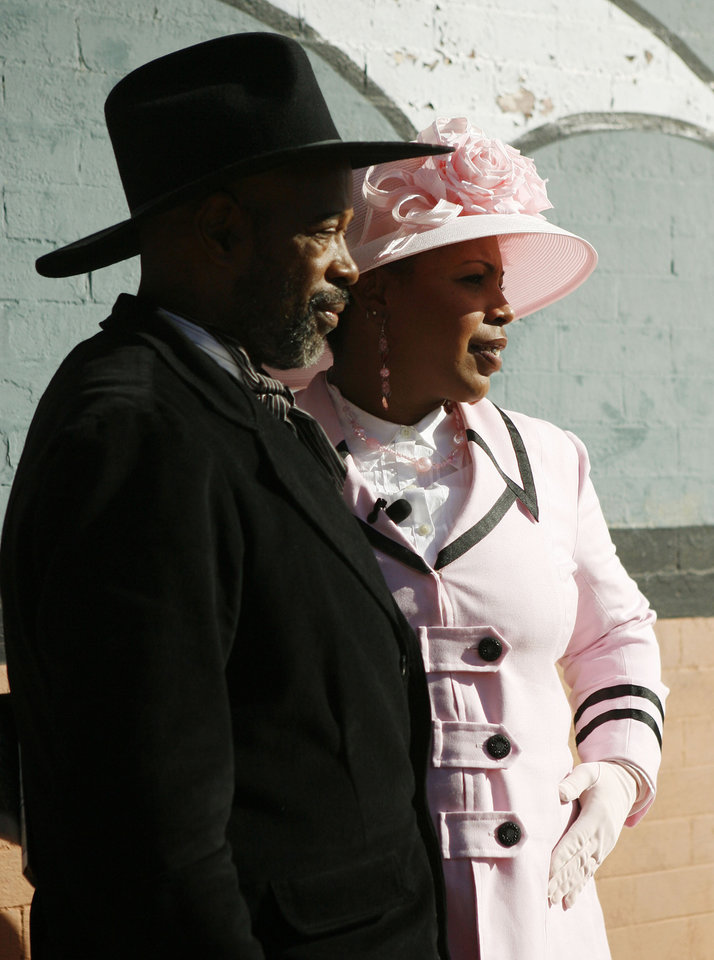 Photo - Actors Winston Berryhill and Felecia Nero participate in African American Statehood Events at E.B. McCable theatre, during the Centennial Day celebrations in Guthrie, OK, Thursday, Nov. 16, 2007. By Paul Hellstern / The Oklahoman