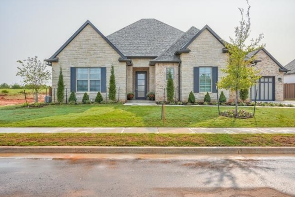 Photo -  French Construction's entry at 3016 Gold Finch, Fall Brook addition, Edmond, won Best Overall in the $550,000-$599,999 division of the Parade of Homes Fall Classic. [CENTRAL OKLAHOMA HOME BUILDERS ASSOCIATION]