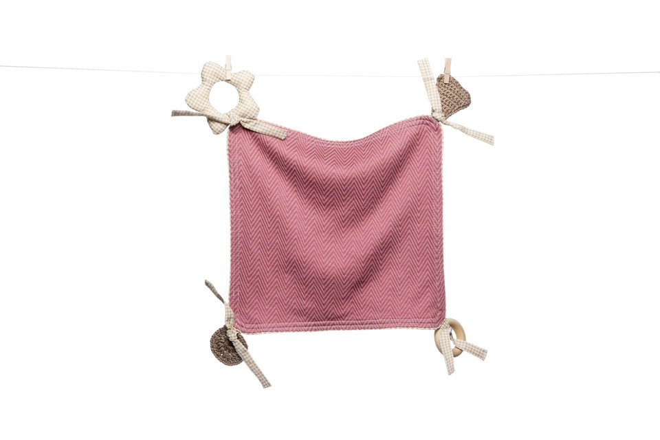 Petite Frites' dusty rose teether blankie