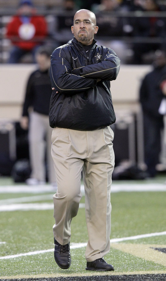 Photo -   Vanderbilt coach James Franklin watches his player before an NCAA college football game against Massachusetts on Saturday, Oct. 27, 2012, in Nashville, Tenn. (AP Photo/Wade Payne)