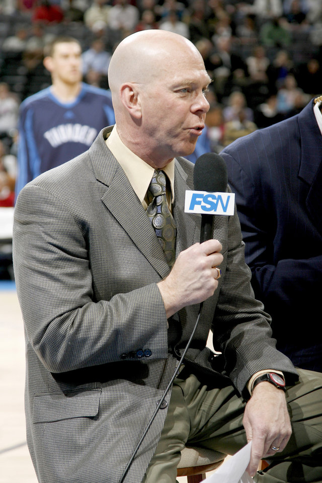 Photo - Brian Davis, play-by-play announcer, during the NBA basketball game between the Oklahoma City Thunder and the Denver Nuggets at the Ford Center in Oklahoma City, Wednesday, Feb., 4, 2009. PHOTO BY BRYAN TERRY, THE OKLAHOMAN ORG XMIT: KOD
