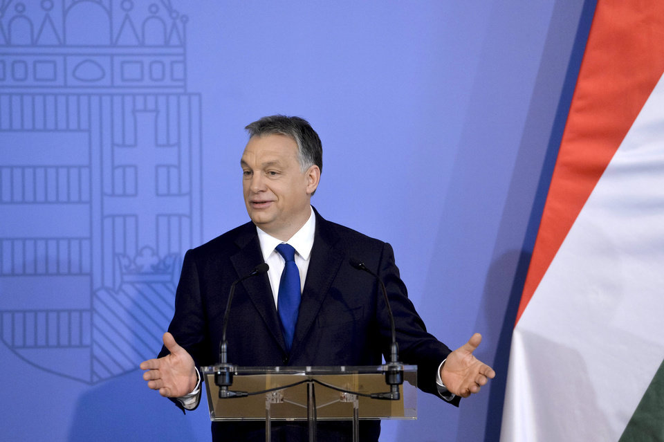 Hungary romania waging campaign against hungarian activists article photos - Houses romanias political leaders ...