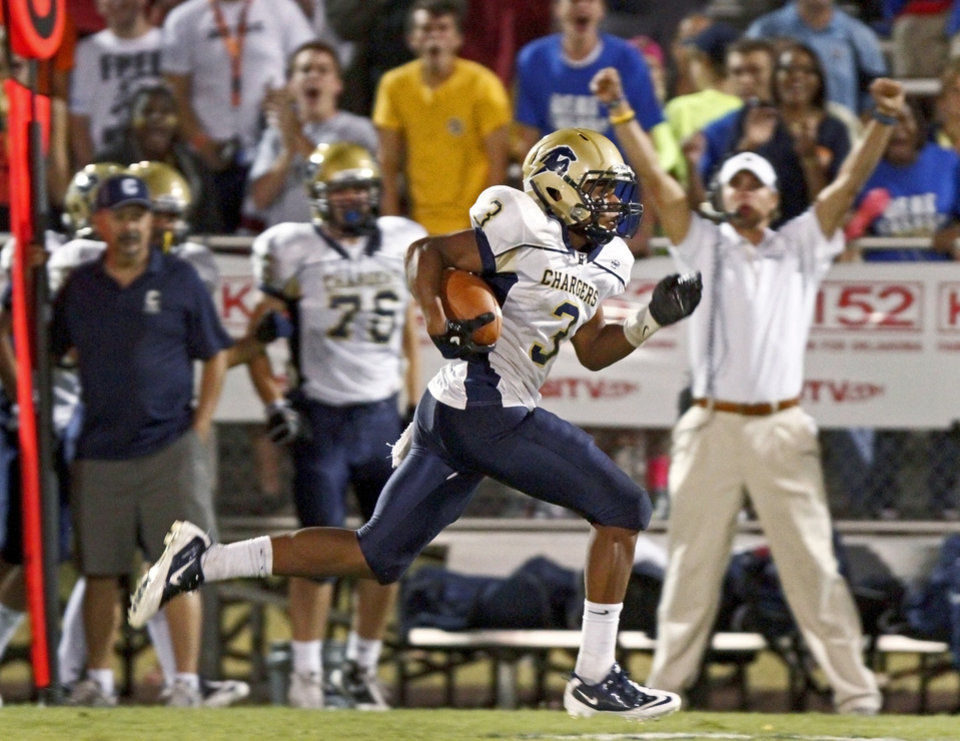 Sterling Shepard of Heritage Hall runs back an interception for a touchdown against Casady during a high school football game at Casady in Oklahoma City, Thursday, September 2, 2010.  Photo by Bryan Terry, The Oklahoman