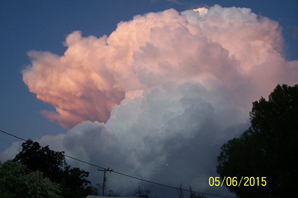 Photo - Took this from my backyard in Altus, this should be the tops of the storm over OKC. by Jim DeWilde #newsoknow #Weather
