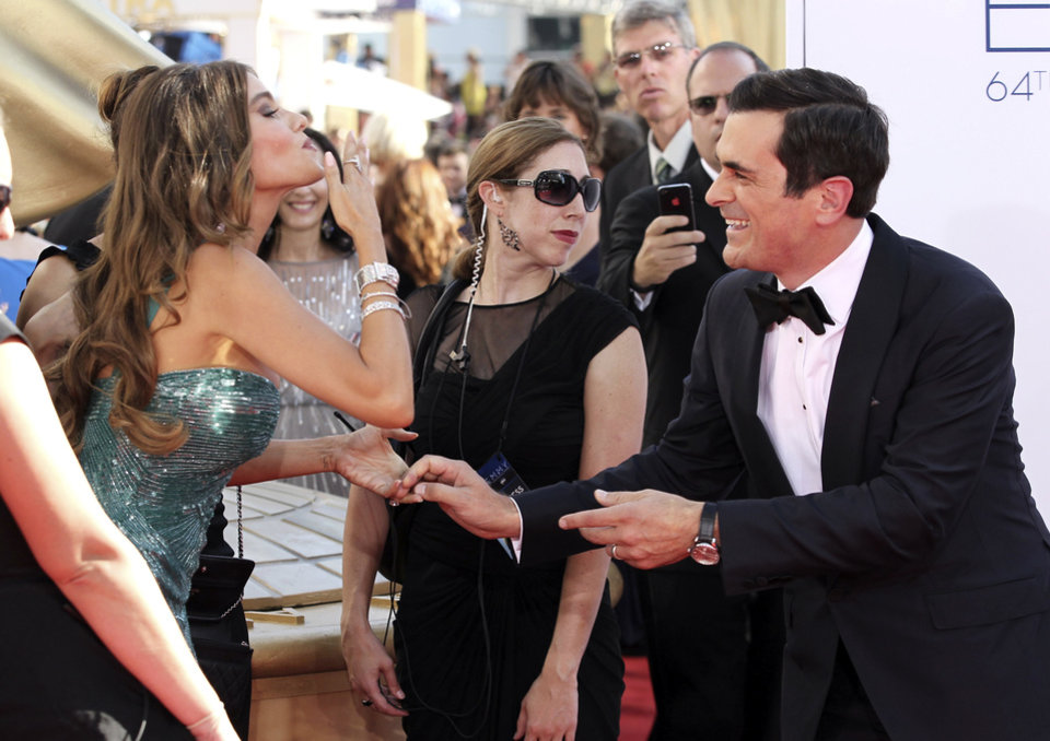 Photo -   Sofia Vergara, left, and Ty Burrell, right, of
