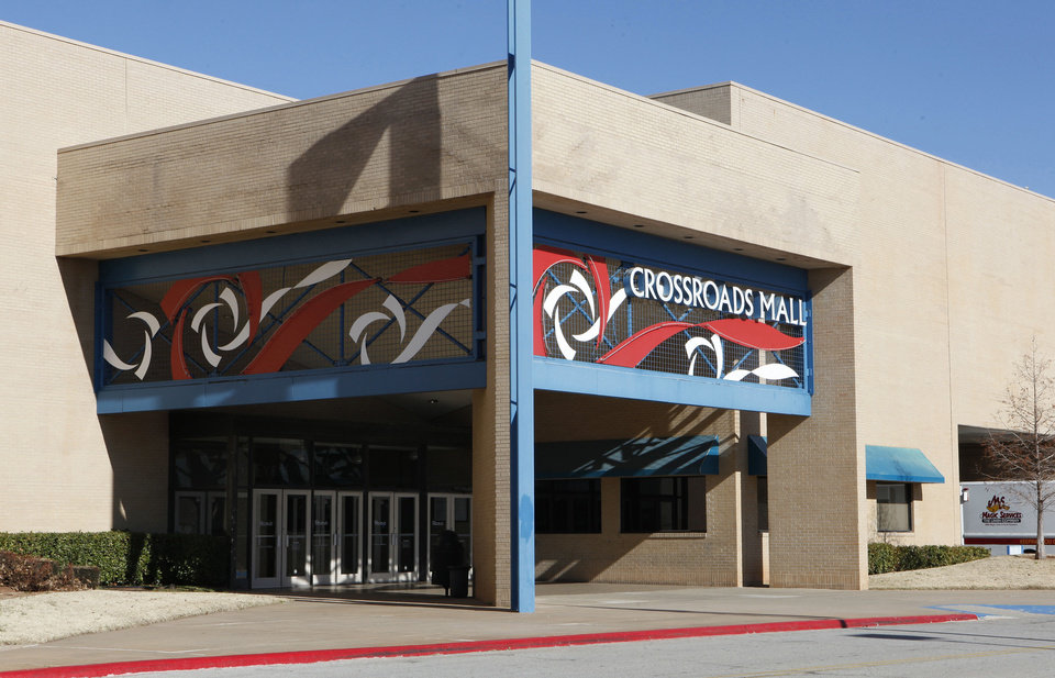 FILE PHOTO: Crossroads Mall in Oklahoma City. <strong>PAUL B. SOUTHERLAND - PAUL B. SOUTHERLAND</strong>
