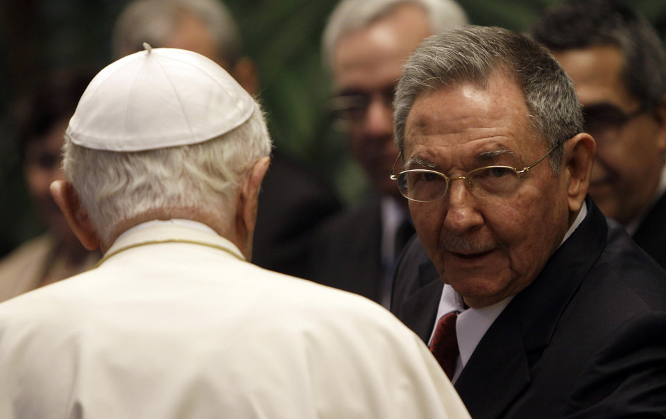 Cuba's President Raul Castro, right, talks to Pope Benedict XVI during a meeting in Havana, Cuba, Tuesday, March 27, 2012.  The meeting took place behind closed doors on the pontiff's second day on the island.(AP Photo/Ismael Francisco, Cubadebate) ORG XMIT: XEM102
