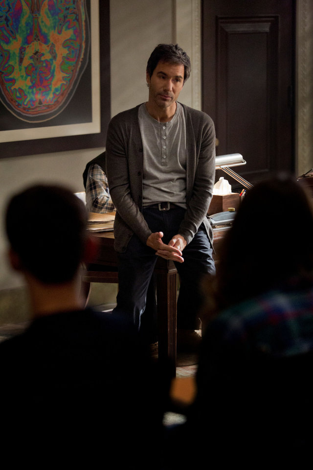 """Photo -  Eric McCormack is shown in a scene from the TNT drama """"Perception."""" - Photo by Trae Patton/TNT"""