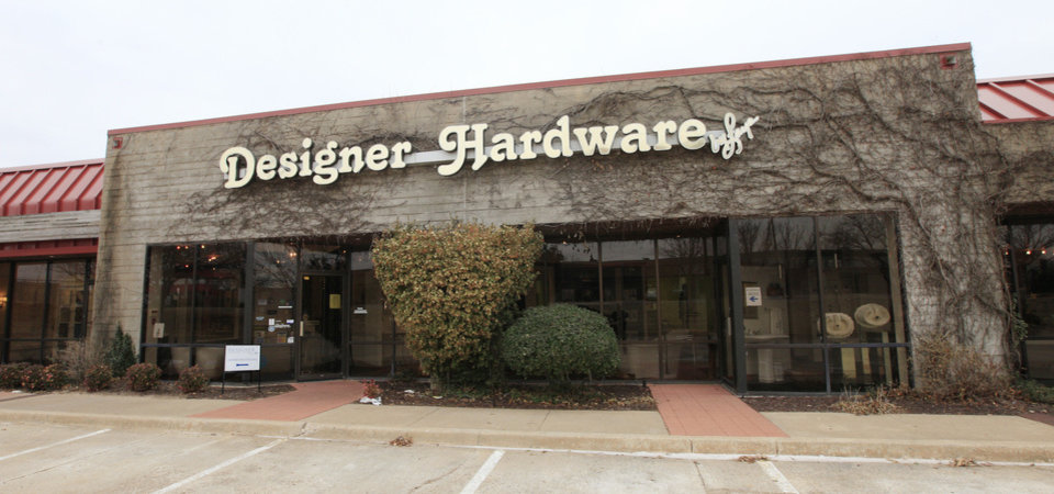 Photo - Exterior front of  Designer Hardware by Faye, 430 W Wilshire Blvd., in Oklahoma City.  PAUL B. SOUTHERLAND - The Oklahoman